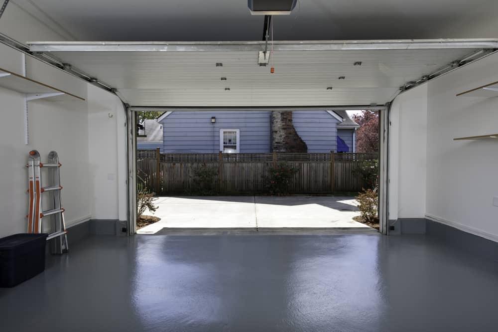 Brama garażowa na suficie